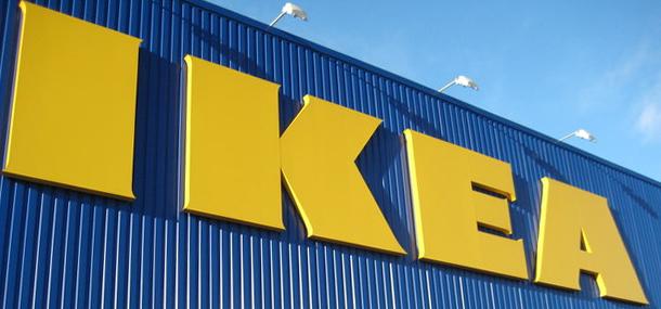 IKEA看板の配色